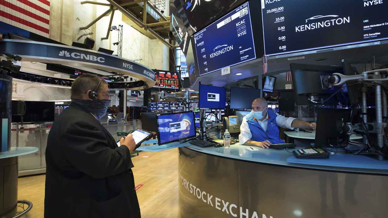 Technology Stocks Keep Stumbling; Nasdaq Down 8% In 3 Days