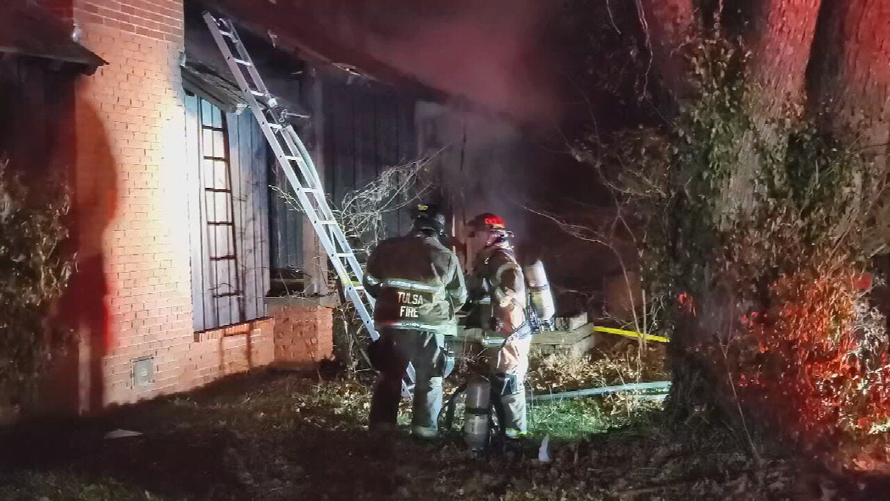 Tulsa Firefighter Hospitalized After Early Morning House Fire