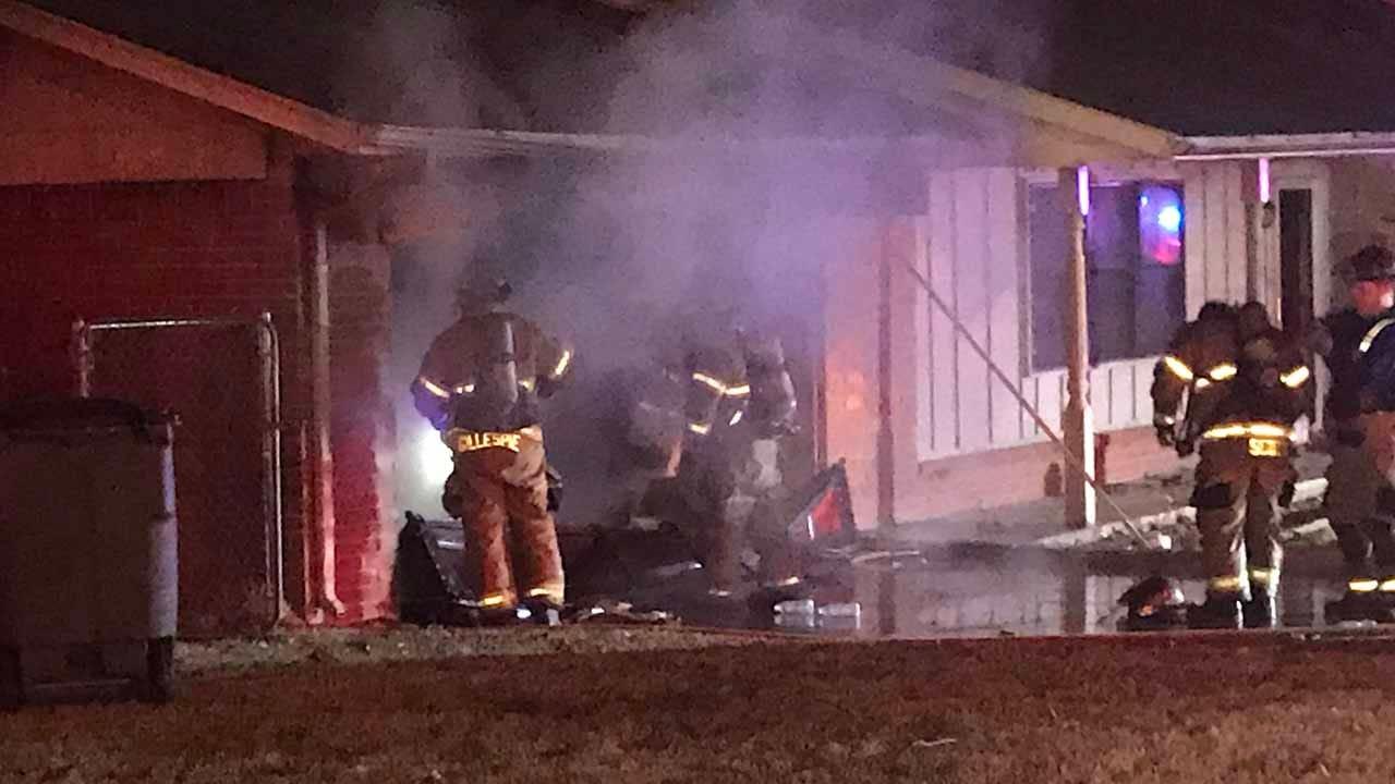 Tulsa Firefighters Investigate Garage Fire