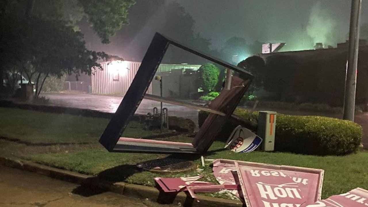 Claremore's Hammett House's Sign Damaged In Storms