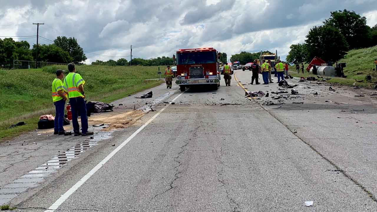 Deadly Crash Involving Semi Closes Highway 266  Near Port Of Catoosa