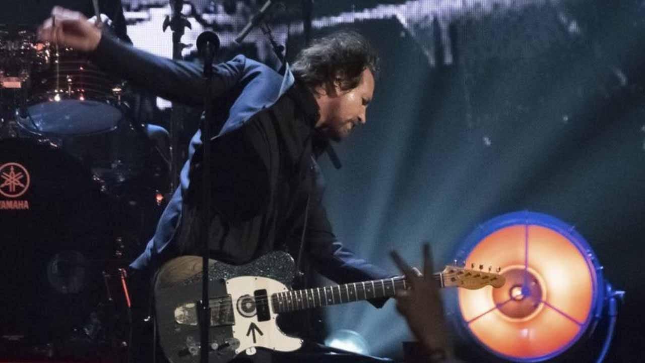 Pearl Jam Postpones First Leg Of Tour Over Virus Concerns