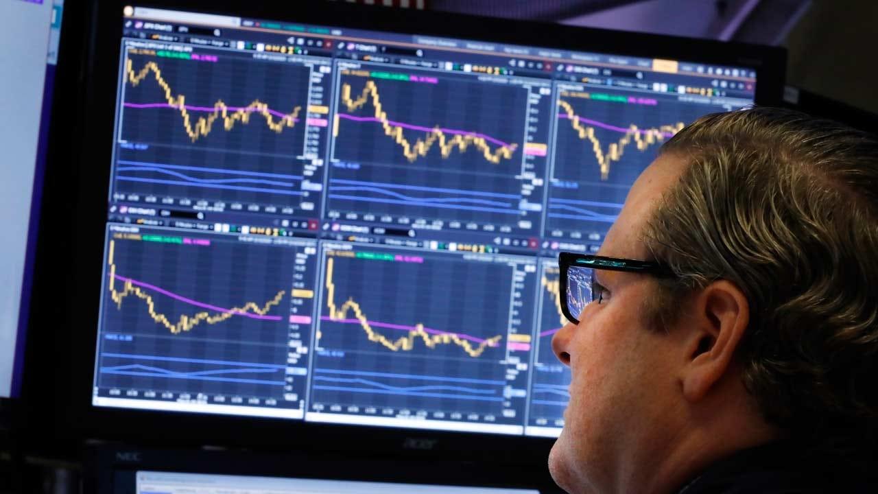 Stocks Open Higher On Wall Street, Extending Global Gains