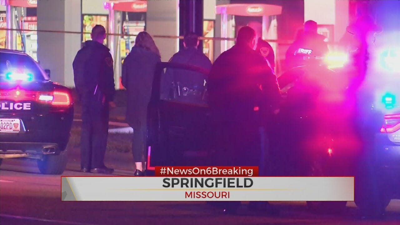 Police: 5 Dead, Including Officer, After Missouri Shooting