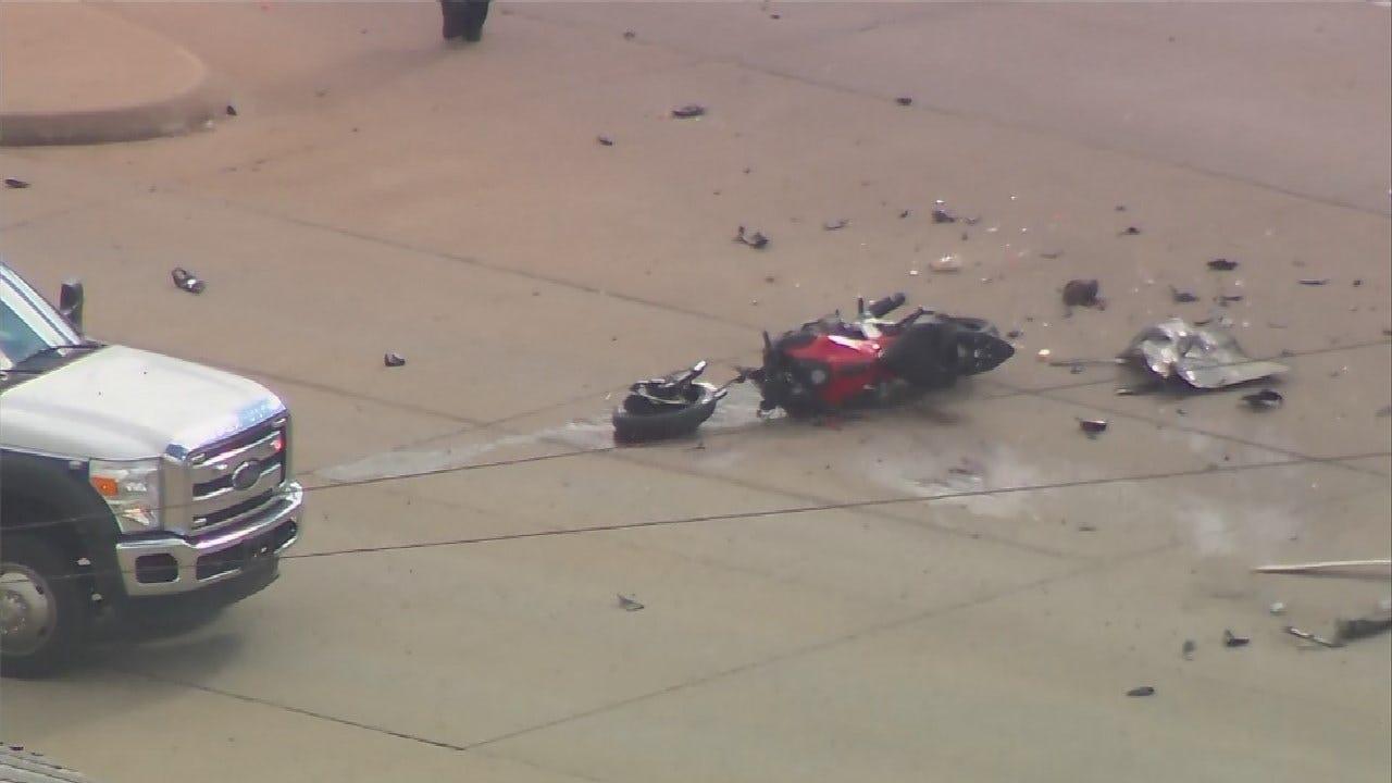 Tulsa Police Respond To Deadly Motorcycle Crash