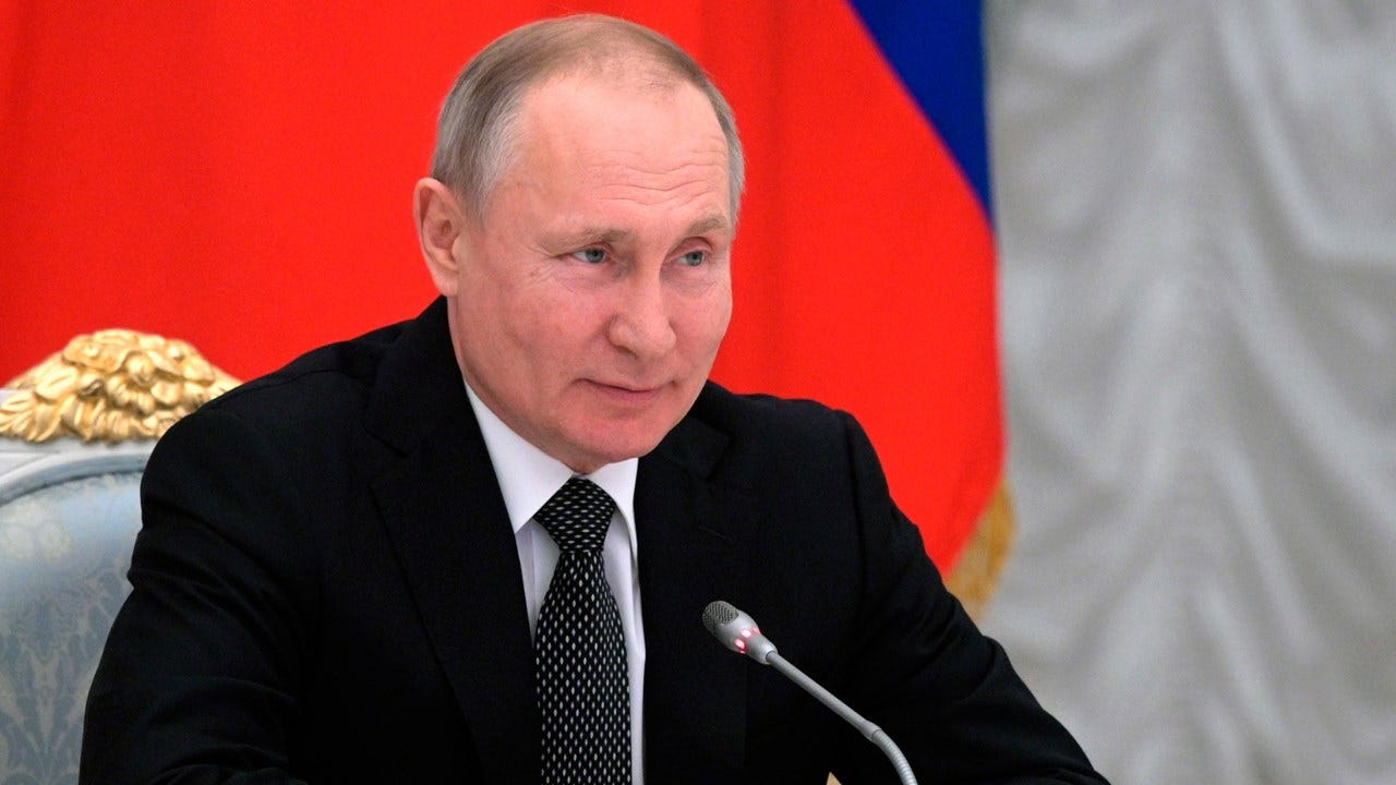 Putin Wants To Ban Gay Marriage In A Revised Version Of The Russian Constitution