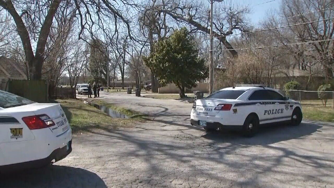 Tulsa Police Investigating After Man Found Shot In Street