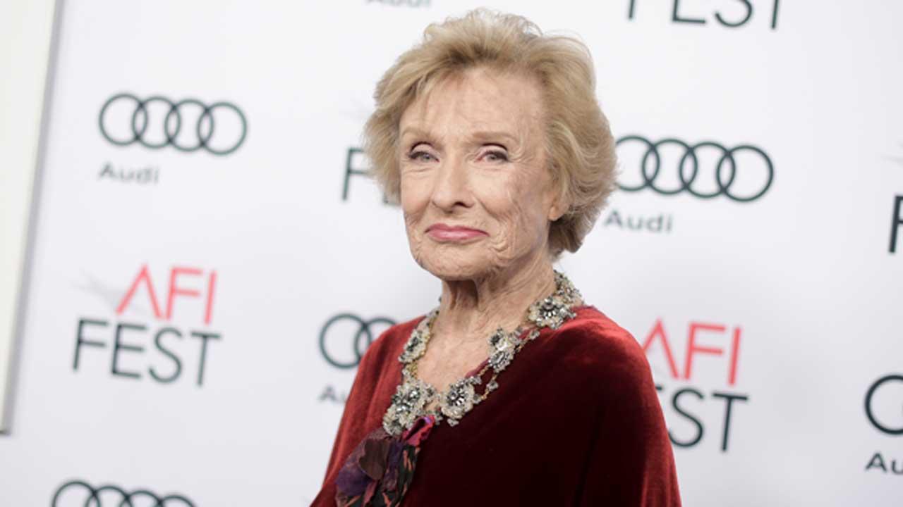 Oscar-Winning Actress, Comedian Cloris Leachman Dead At 94