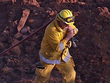 Four fire departments respond to Yukon grassfire