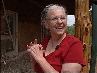 Norman woman builds straw house