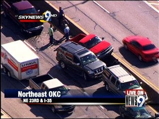 Multiple car pileup blocks part of Interstate 35