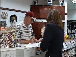 Online loan agencies scamming money, customer say