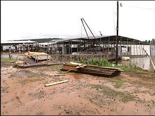 Storm damages Lake Eufaula Marina