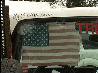 Patriotic truck honors military service