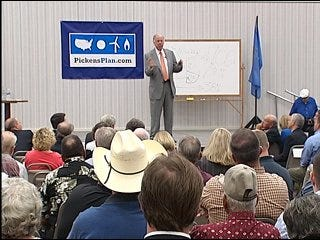 Town hall meeting showcases Pickens' plan