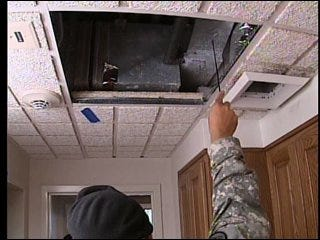 Army responds to report of mold in soldiers' rooms