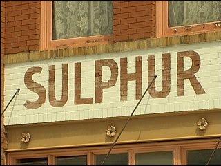 Sulphur may adopt original name