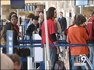 Sluggish Economy Slows Holiday Travel