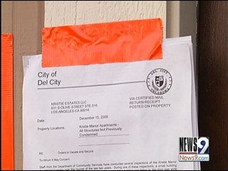 Del City Apartment Complex Condemned By City