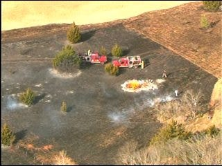 High Winds Rapidly Spread Brush Fire
