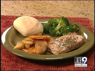 Pork Chops with Potatoes and Apples