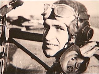 WWII fighter pilot crawled for life