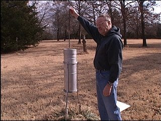 Scientists debate weather recording