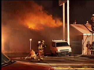 Fire scorches buildings in south OKC Monday