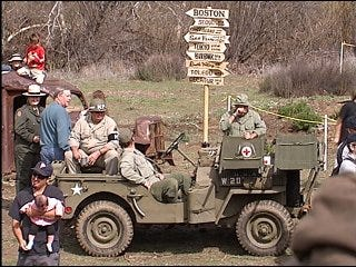 25-year reunion of M*A*S*H