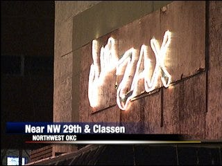 Nightclub shooting leaves three injured