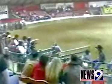 Teen dies in bull-riding competition