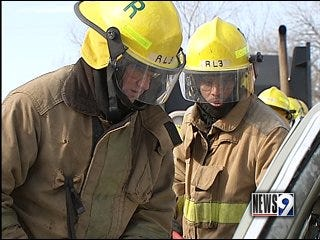 Firefighters learn rescue techniques