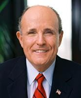 Giuliani quits presidential race, endorses McCain