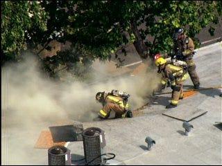 Apartment fire blazes in southeast OKC