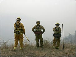 "Fire Crews ""Turn Corner"" Against CA Blazes"
