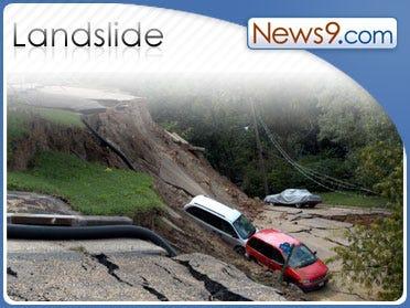 Mudslides hit Calif. town near Sequoia forest