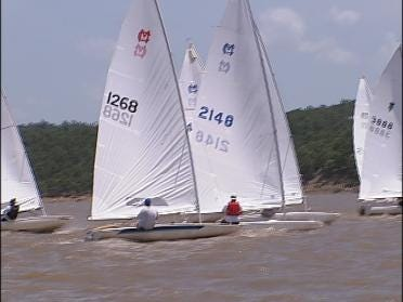 Oklahomans set sail to beat gas prices