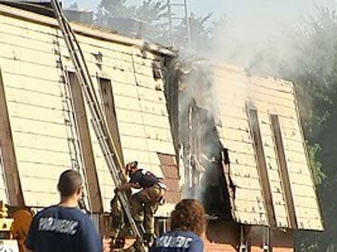 Fire incinerates 4 Noble apartments