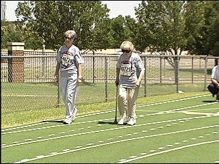 100-year-old woman competes in race
