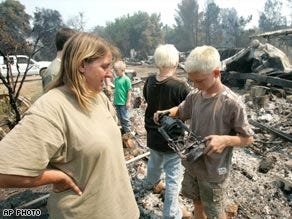Wind continues to stoke California wildfires