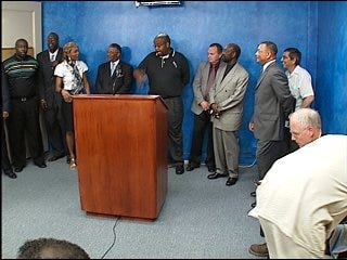 Community leaders urge to stop gang violence