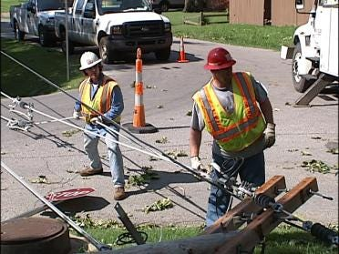 Wind, storms leave thousands without power