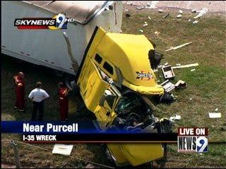 Truck driver killed in I-35 crash