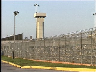 Prison secretary accused of having sex with inmate