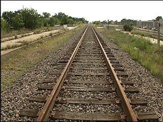 Railroads tie up crosstown plans