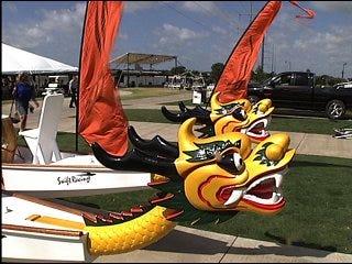 Windy weather docks boat festival