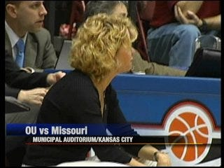 Missouri stuns OU in Big 12 women's upset