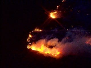 Firefighters corral wildfire in Woodward County