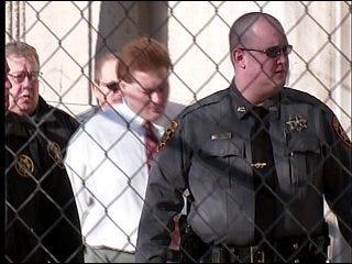 Jury mulls Underwood's fate