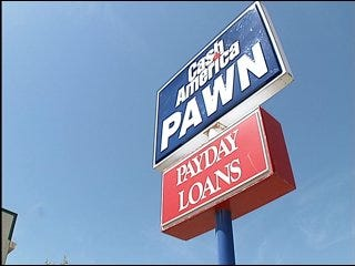 Pawn shop robber caught on tape